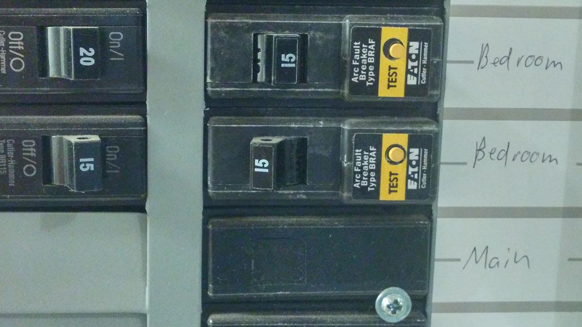 Tripped Circuit Breaker Call Edison Electric Inc